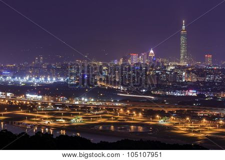 A Taipei Night Scene At Jiantan Mountain