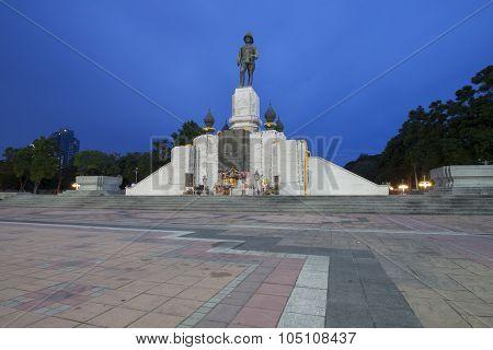 Rama Vi Monument