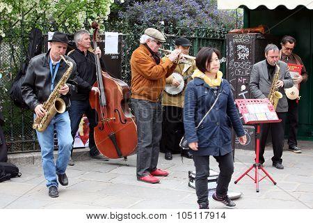 Paris - April 27: Unidentified Musician Play Before Public Outdo