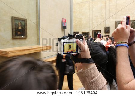 Paris - May 3: Visitors Take Photo Of Leonardo Davinci's