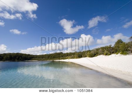 Landscape Of Lake Mckenzie 4