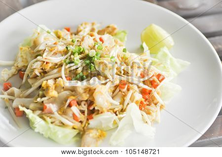 Noodle,stir-fried Noodle With Chicken