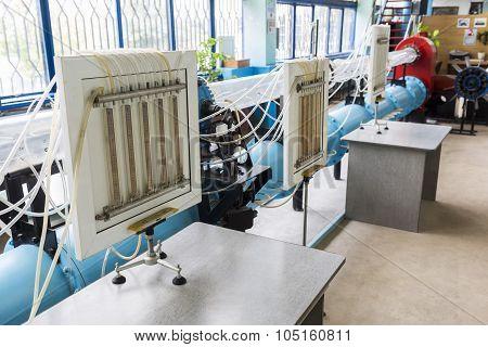 Laboratory In School