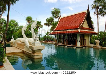Swimming Pool And Bar In Tradional Thai Style At The Luxury Hotel, Pattaya, Thailand