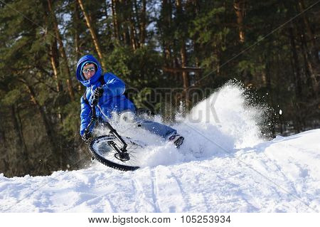 Snow cycling