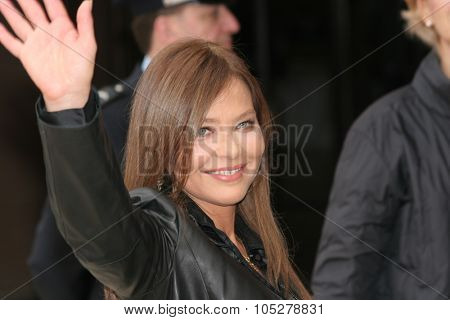 ROME - OCTOBER 21:  Actress Ornella Muti during the Closing Ceremony of Rome Film Festival (Festa Internazionale di Roma) on October 21, 2006 in Rome, Italy