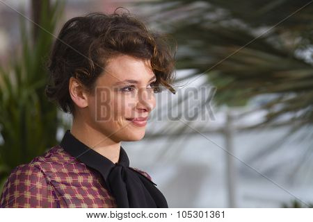 CANNES, FRANCE - MAY 18: Jasmine Trinca attends the photocall for 'Miele' during The 66th Annual Cannes Film Festival at Palais des Festivals on May 18, 2013 in Cannes, France.