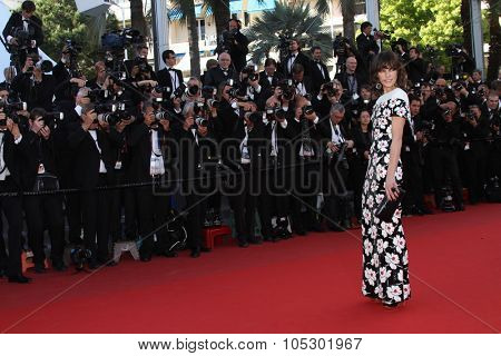 CANNES, FRANCE - MAY 20: Milla Jovovich attends the 'Blood Ties' Premiere during the 66th  Cannes Film Festival at the Palais des Festivals on May 20, 2013 in Cannes, France.