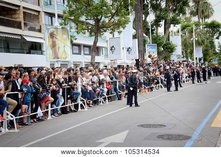 Fans  attends the closing ceremony during the 68th annual Cannes Film Festival on May 24, 2015 in Cannes, France.