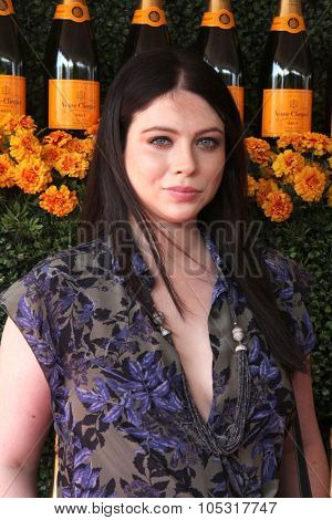 LOS ANGELES - OCT 17:  Michelle Trachtenberg at the Sixth-Annual Veuve Clicquot Polo Classic at the Will Rogers State Historic Park on October 17, 2015 in acific Palisades, CA