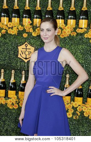 LOS ANGELES - OCT 17:  Eva Amurri Martino at the Sixth-Annual Veuve Clicquot Polo Classic at the Will Rogers State Historic Park on October 17, 2015 in acific Palisades, CA