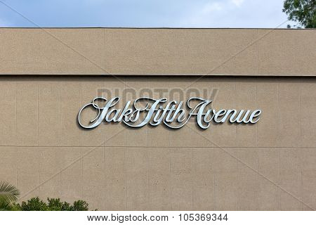 Saks Fifth Avenue Exterior
