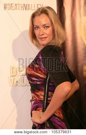 LOS ANGELES- OCT 17: Kristanna Loken arrives at the