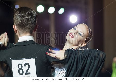 Minsk, Belarus-september 26, 2015: Saliy Miron And Demeschuk Alisa Perform Youth-2 Standard Program