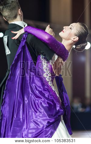 Minsk, Belarus-september 26, 2015: Fedorovich Iliya And Ladysh Anastasiya Perform Youth-2 Standard P