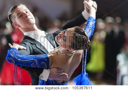 Minsk, Belarus-september 26, 2015: Tchernitsov Danila And Kushner Dariya Perform Youth Standard Prog