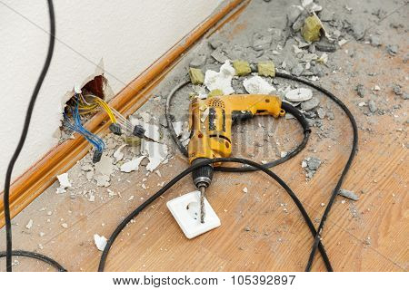 Place Of Socket Repair Process With Drill