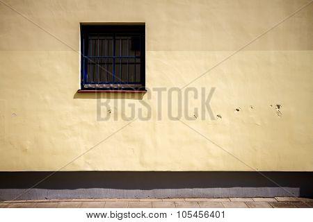 Modern Yellow Street Wall