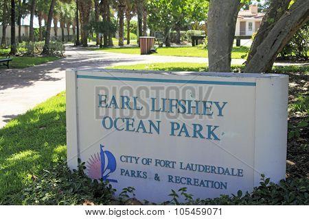 Earl Lifshey Ocean Park Sign
