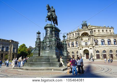 The Equestrian Statue Of King Johann