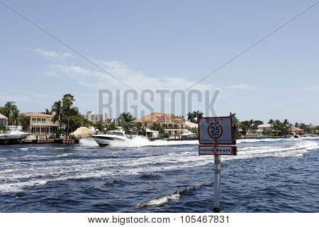 Boats Traveling On The Intracoastal