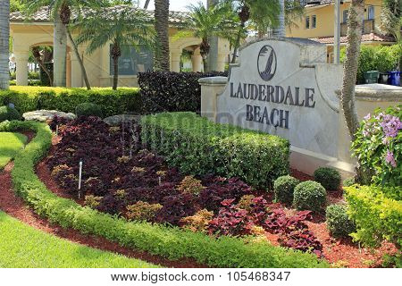 Lauderdale Beach Entry Sign