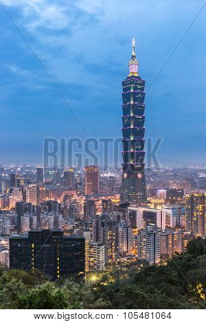 Taipei skyline Taiwan at dusk.