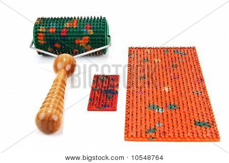 Instrument For Massage With Needle
