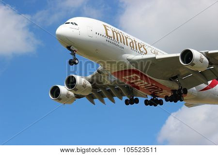 Flying Emirates
