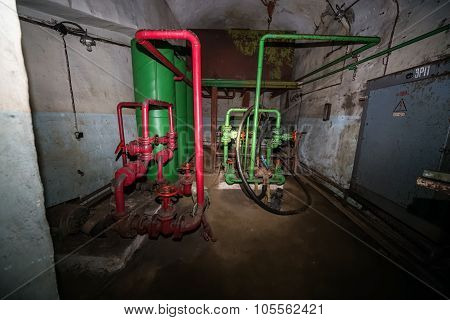 Secret Communist Party Nuclear Bunker And Shelter -  Pipes