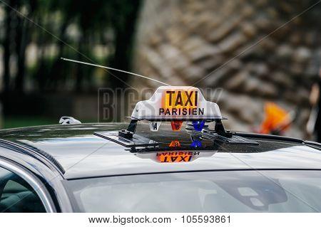 Taxi Parisien - Paris Taxi Sing