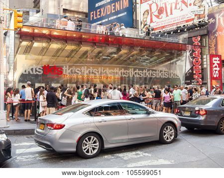 NEW YORK,USA - AUGUST 14,2015 : The TKTS booth on Times Square selling discount tickets to Broadway shows