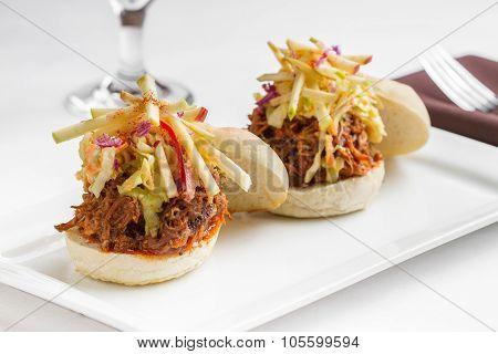 Pulled pork slider sandwiches with gorgonzola slaw