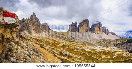 Mountain trail - Tre Cime di Lavaredo, Dolomites, Italy
