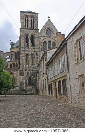 Chalons-en-Champagne church