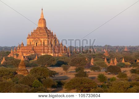 Warm sunset on the Sulamani temple in Bagan, Myanmar (Burma)