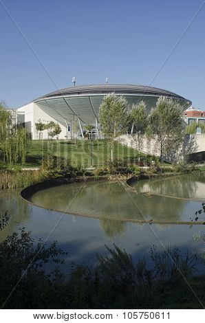 Modern Building That Resembles A Ufo