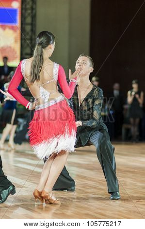 Minsk, Belarus-september 27, 2015: Kruk Timofei And Konopleva Diana Perform Juniors-2 Latin -america