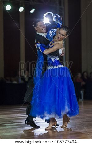 Minsk, Belarus-september 27, 2015: Kolesnev Sergey And Stanislavchik Polina Perform Youth Standard P