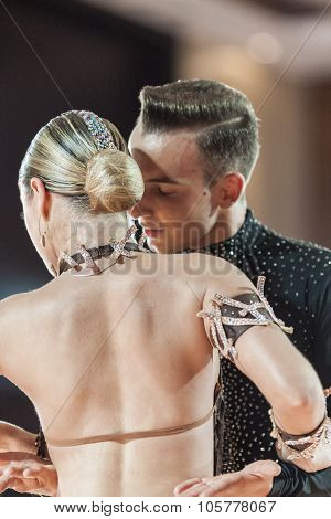 Minsk, Belarus-september 27, 2015: Rudyi Alexander And Medved Yanina Perform Juniors-2 Latin -americ