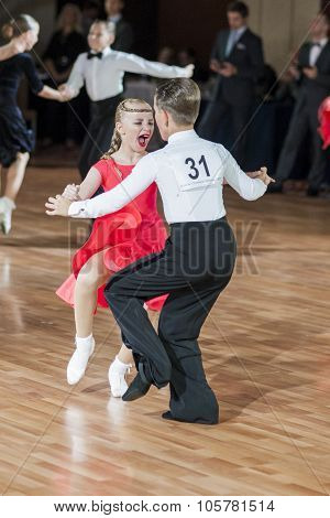 Minsk, Belarus -september 27, 2015: Unidentified Dance Couple Performs Juvenile-1 Latin-american Pro