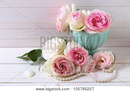 Sweet Pink Roses Flowers In Vase
