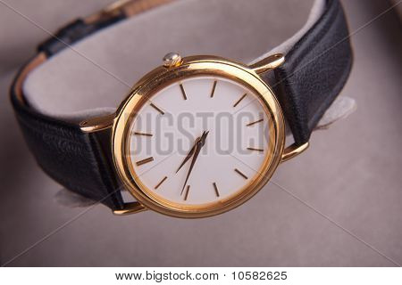 Lady Watch