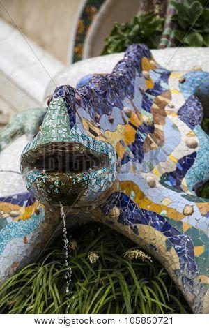 mosaic dragon, Park Guell