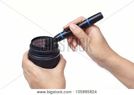 cleaning camera lens