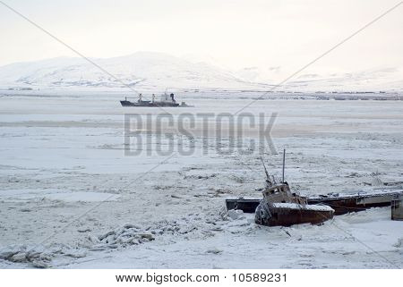 Polar Navigation