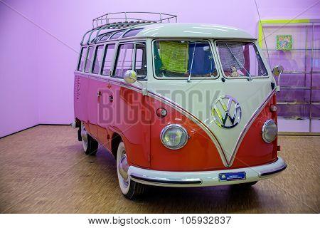 Ancient Minibus Volkswagen
