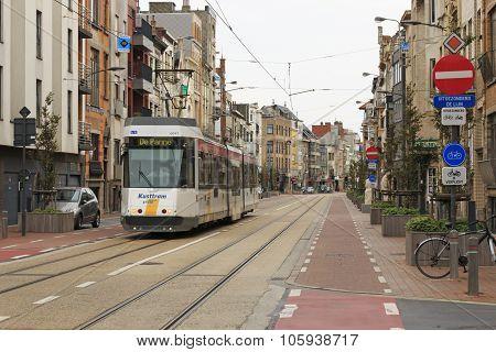 Blankenberge, Belgium - September 13,2015: An Electric Tram Driving Through The Center Of Blankenber