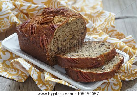 Banana bread with pecan