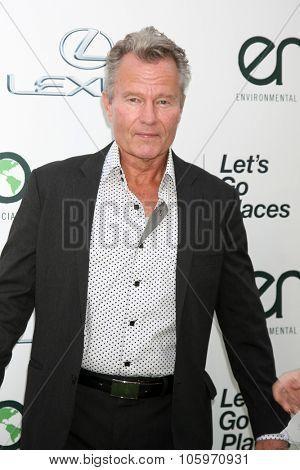 LOS ANGELES - OCT 24:  John Savage at the Environmental Media Awards 2015 at the Warner Brothers Studio Lot on October 24, 2015 in Burbank, CA